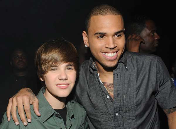 Justin Bieber feat Chris Brown - Next 2 You | Single Nou
